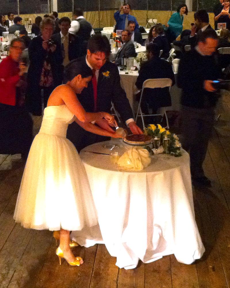 Marissa and Jim cutting the pecan pie