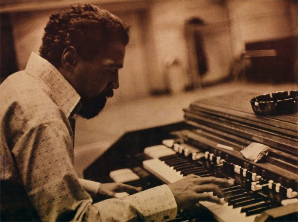 Don Patterson at the Hammond B-3