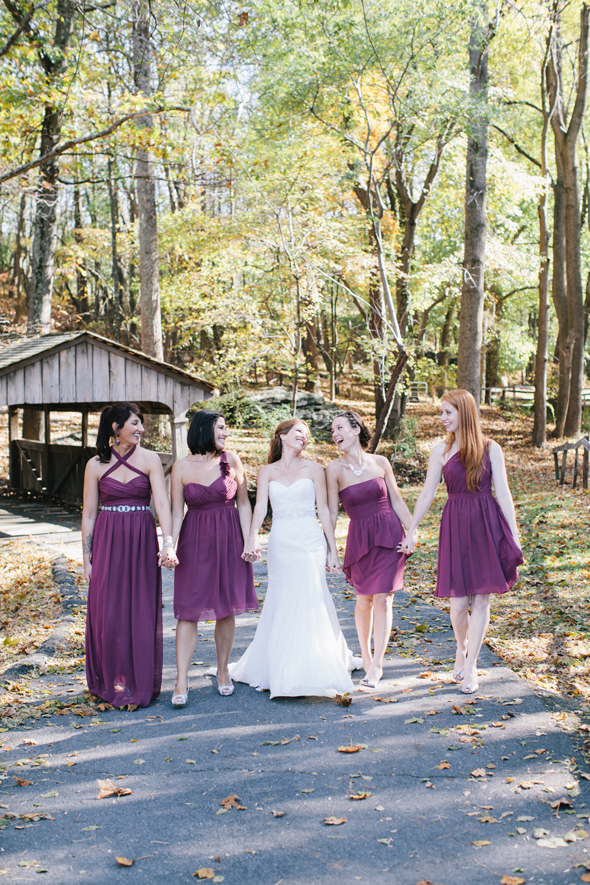 Jennifer & Chad's wedding at Smokey Glen Farm (photo: Nikki Kauzlarich)