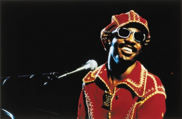 Stevie Wonder in full 1970s regalia