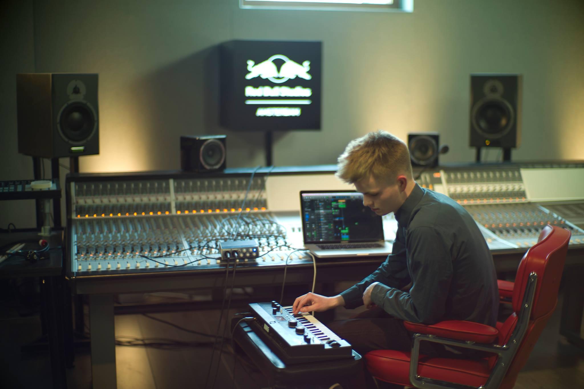 Jengi Beats in the studio