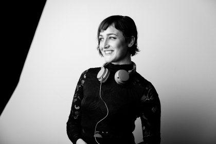 DJ Associates DJ M Dot